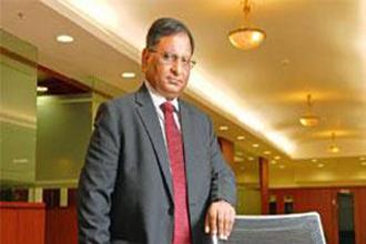 Govt plans change in retail stock scheme