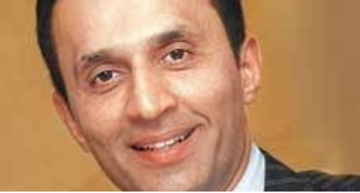 Can RAVNEET GILL Play A VIKRAM PANDIT For Yes Bank?
